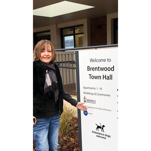 Cllr Karen Chilvers welcomes the new signage (Brentwood Borough Council)